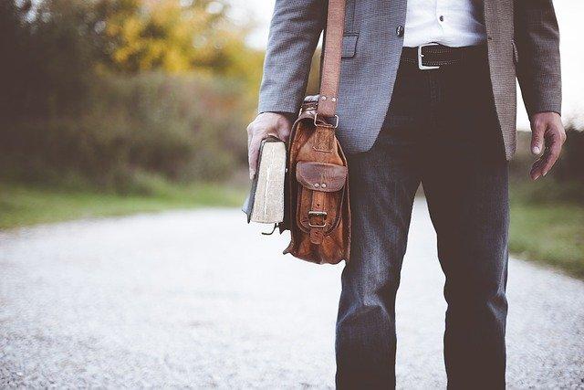 typy spodni męskich