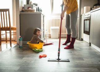 Szafka gospodarcza w domu