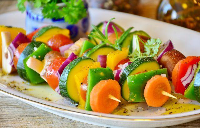 Czy warto korzystać z cateringu dietetycznego