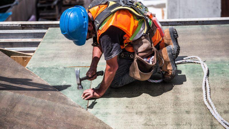Jak znaleźć odpowiedniego fachowca do prac remontowych